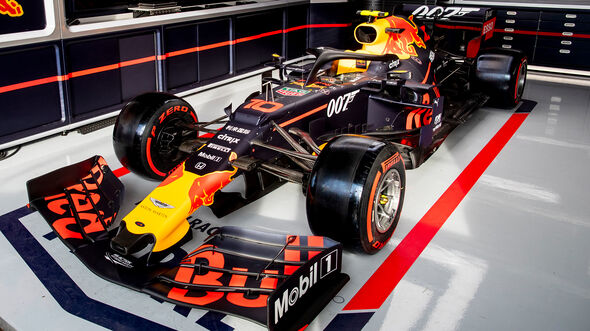 Red Bull - James Bond 007 - GP England 2019