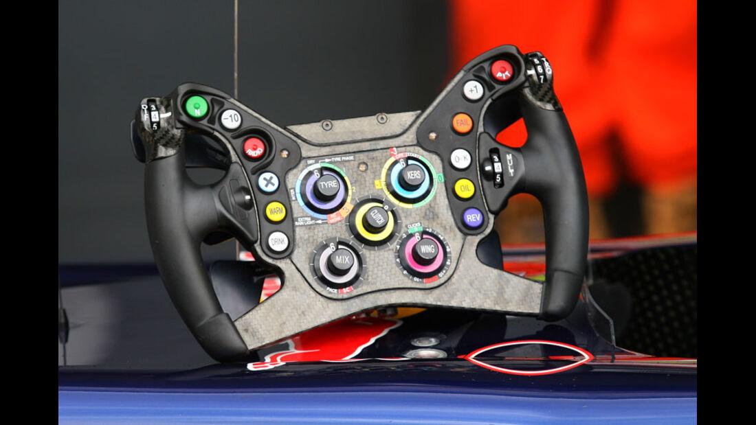 Red Bull-Lenkrad - GP England - Qualifying - 9. Juli 2011