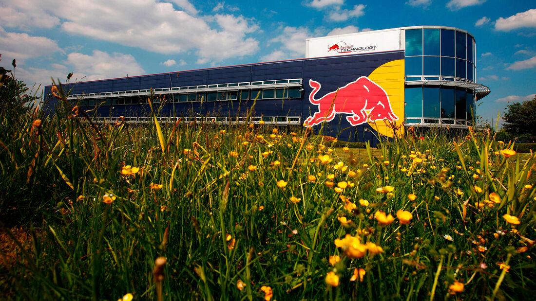 Red Bull - Milton Keynes - Fabrik