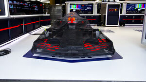 Red Bull - RB16 - Garage - Parc Fermé - 2020