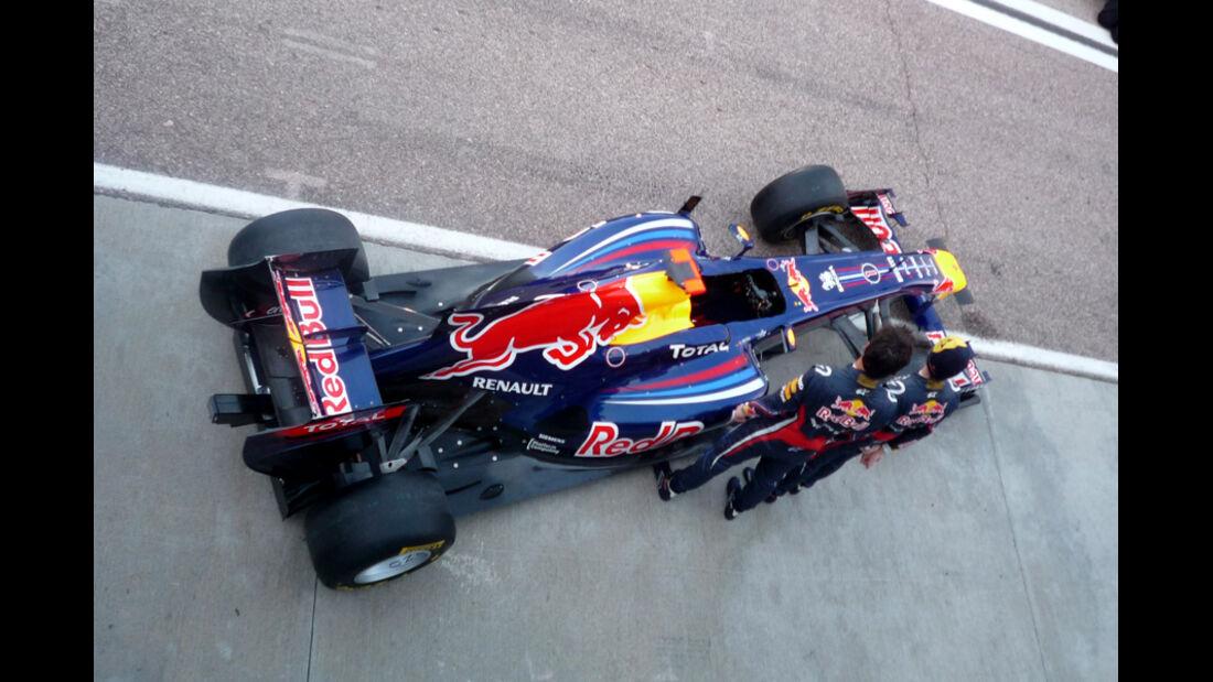 Red Bull RB18