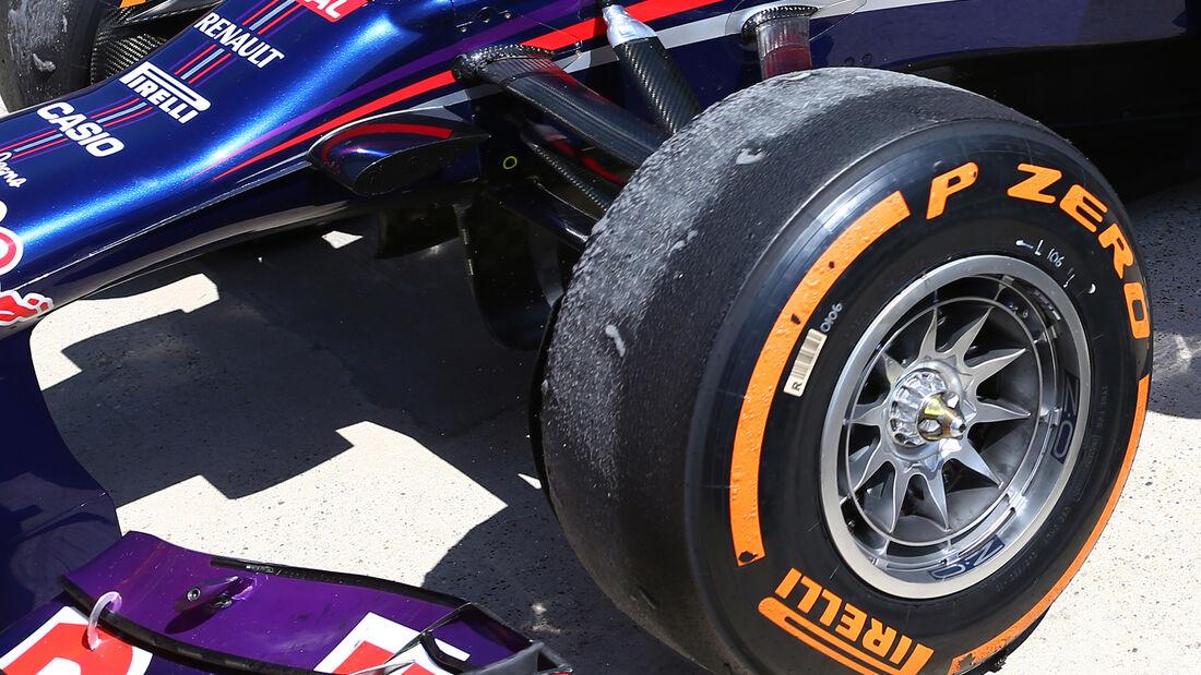 Red Bull Reifen Pirelli Tyre-Swapping GP England 2013
