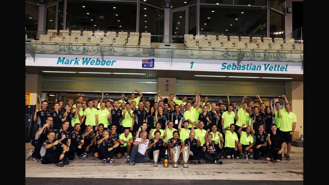 Red Bull Team - Formel 1 - GP Abu Dhabi - 03. November 2013