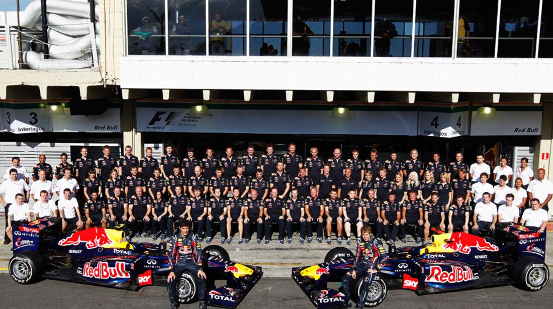 Red Bull Teamfoto GP Brasilien 2011
