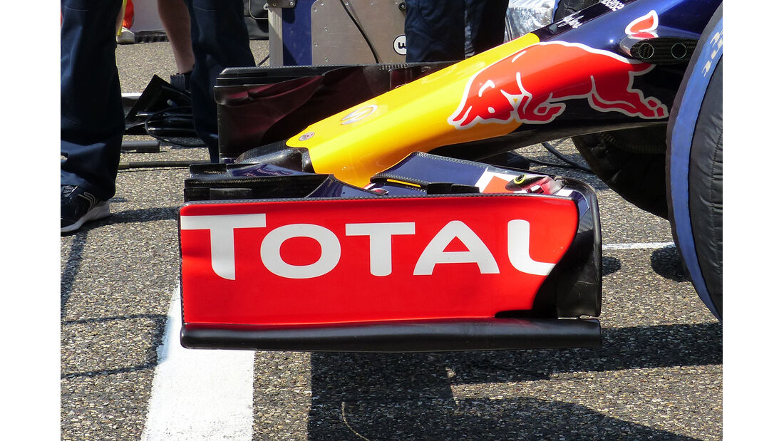 Red Bull - Technik - GP China / GP Bahrain - Formel 1 - 2015