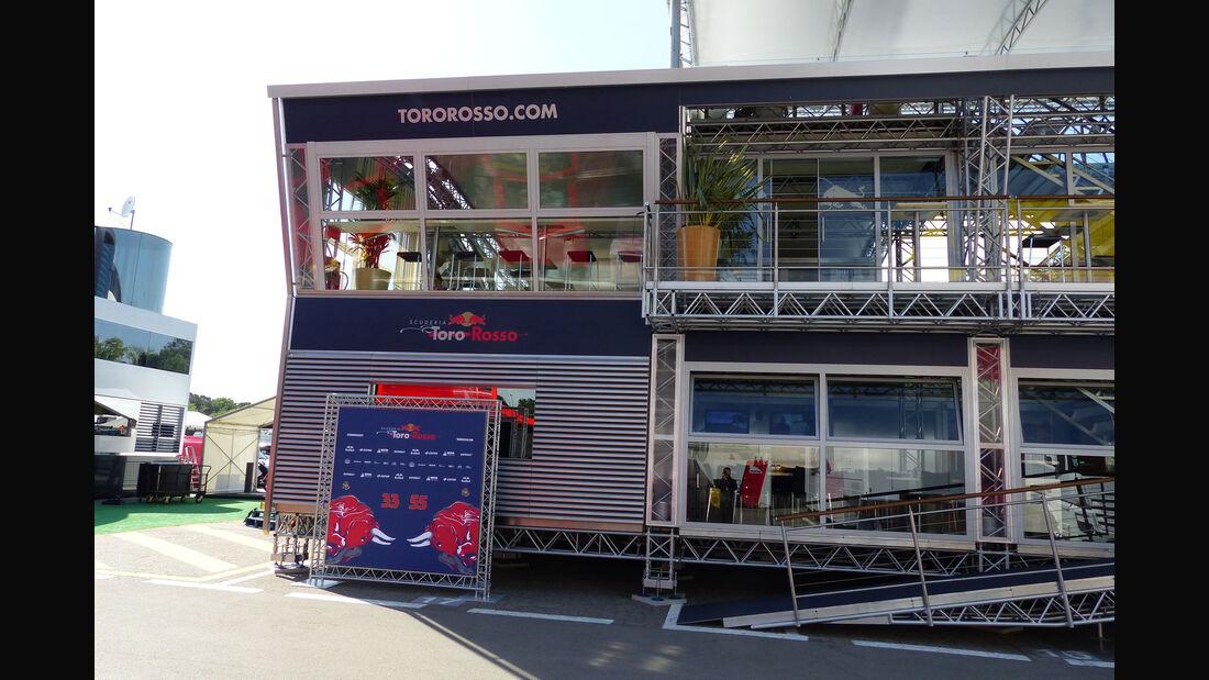 Red Bull - Toro Rosso - Motorhome - GP Spanien 2015 - Barcelona