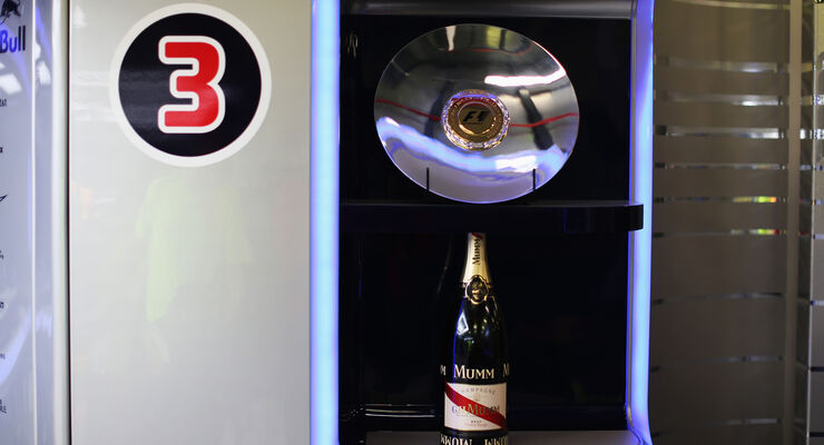 Red Bull Trophäe - GP Australien 2014