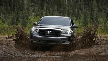 Redesigned 2021 Honda Ridgeline Pickup