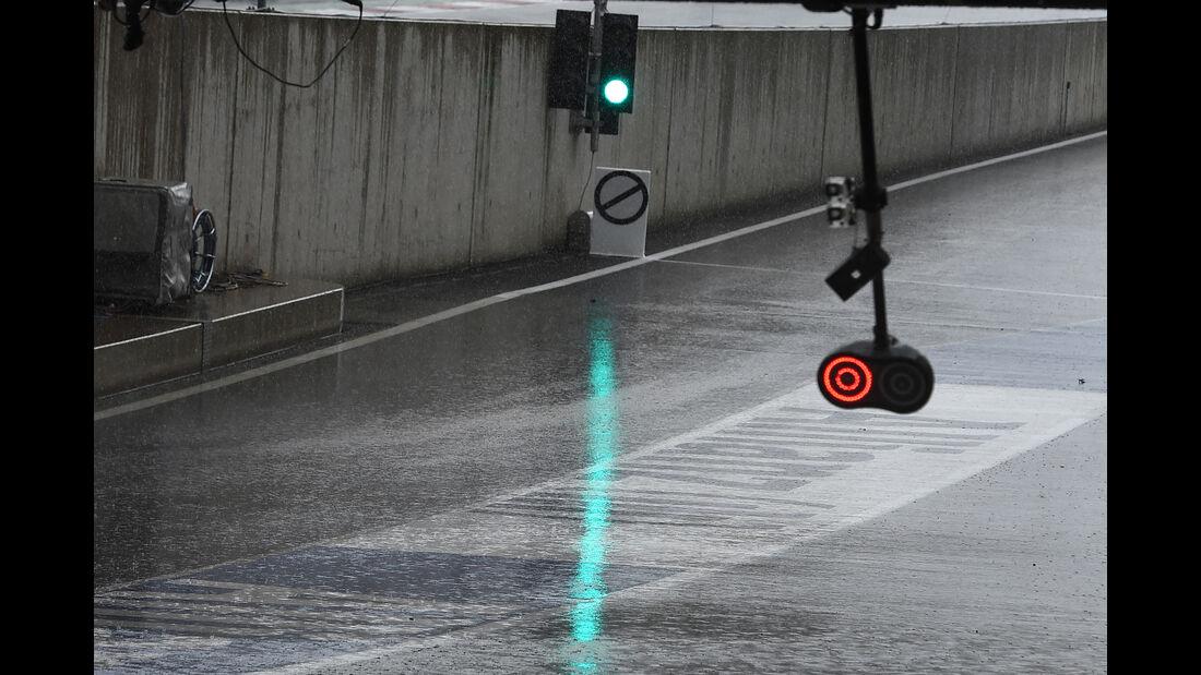 Regen - Formel 1 - GP Österreich - Spielberg - 1. Juli 2016