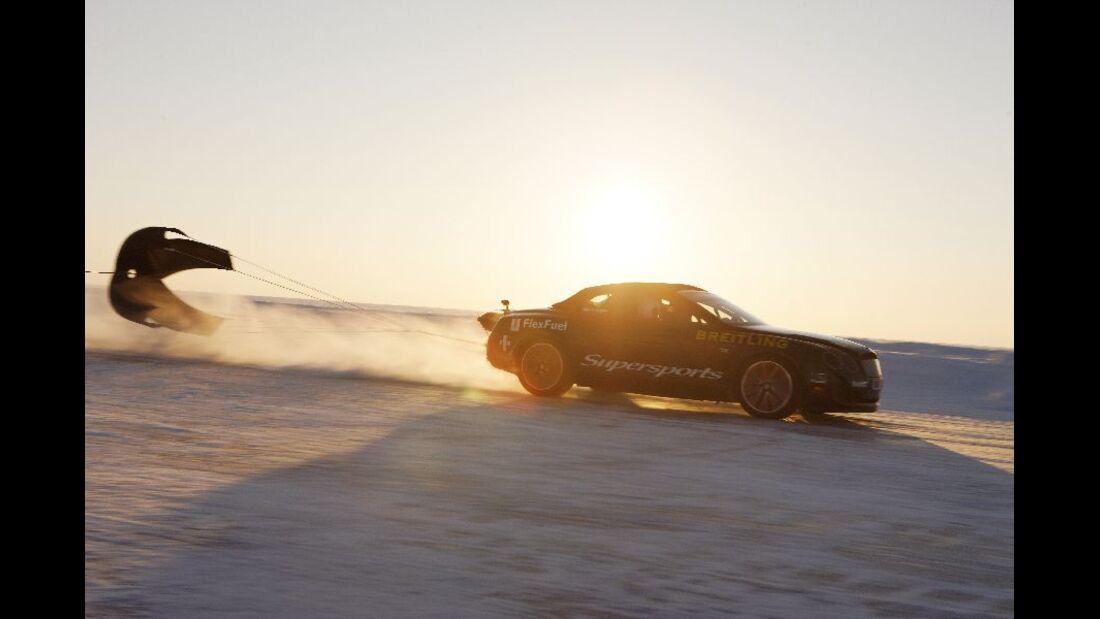 Rekordfahrt, Bentley Continental Supersports Convertible ISR, Finnland