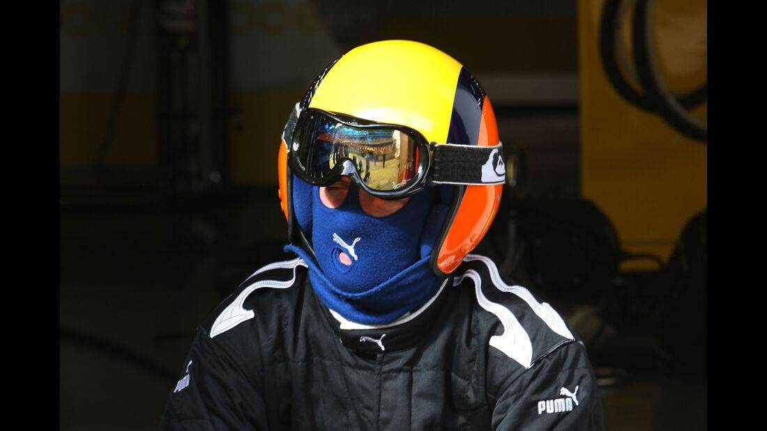 Renault - 2007 - Mechaniker - Helme - Formel 1