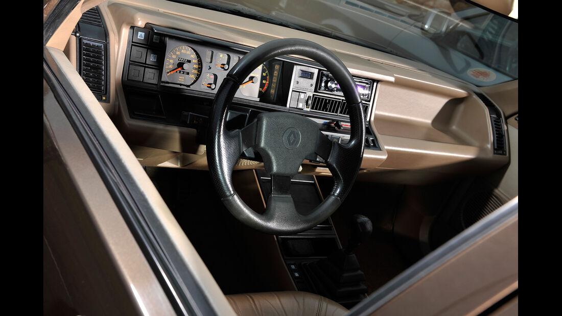 Renault 21 Exclusiv, Cockpit