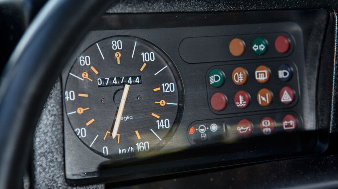 Renault 4, Detail, Instrumente, Anzeigeinstrumente