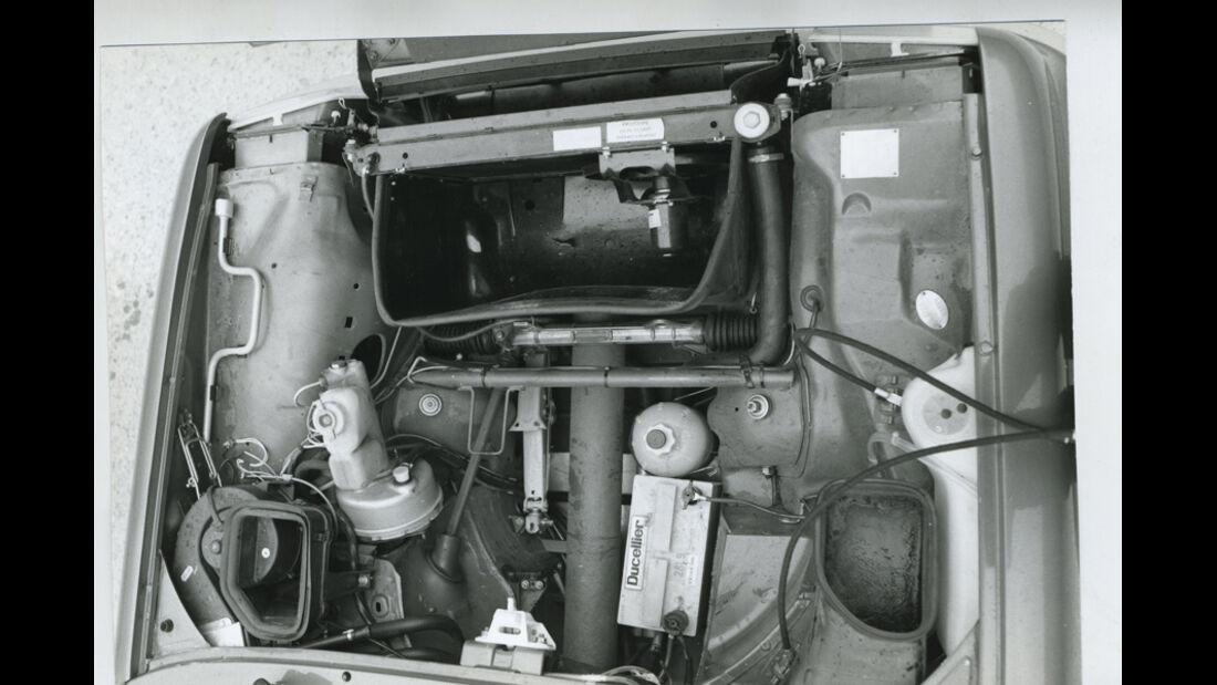 Renault 5 Turbo - unter der Fronthaube