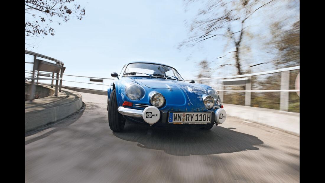 Renault Alpine A 110, Frontansicht, Kurvenfahrt