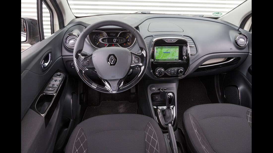 Renault Captur TCe 120, Cockpit, Lenkrad