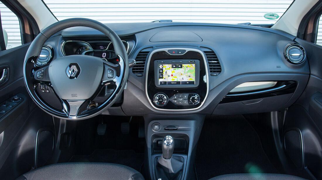 Renault Captur dCi 90, Cockpit, Lenkrad
