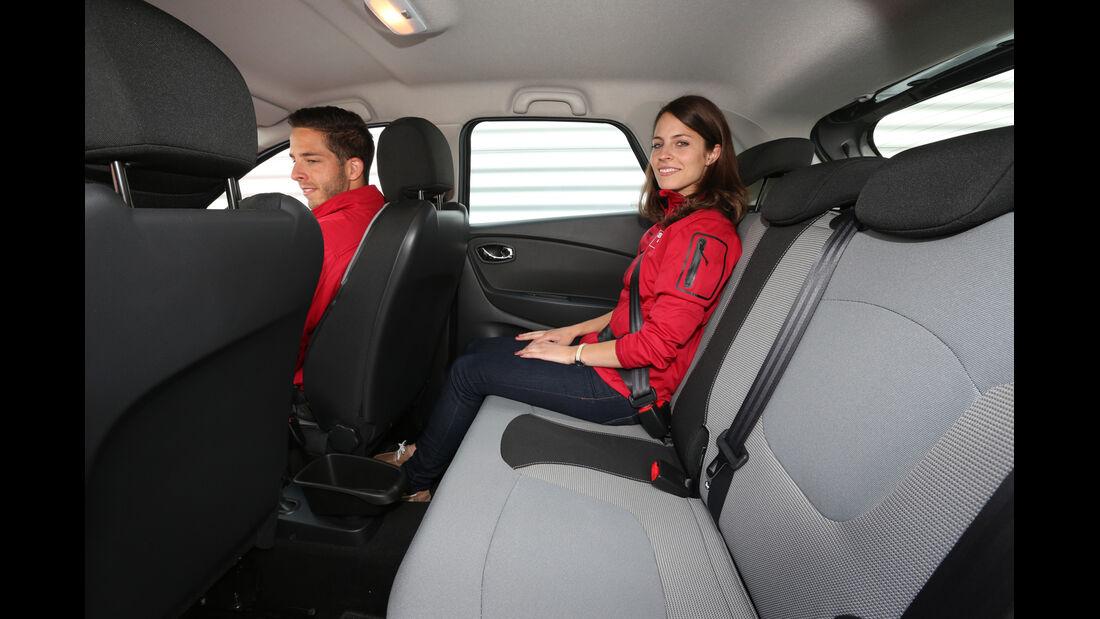 Renault Captur dCi 90, Rücksitz, Beinfreiheit