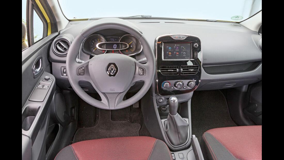 Renault Clio 1.2 16V 75, Cockpit, Lenkrad