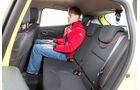Renault Clio 1.2 16V 75, Rücksitz, Beinfreiheit