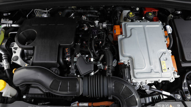 Renault Clio E-Tech 140 HP