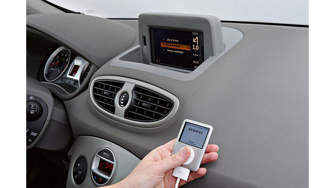 Renault Clio Facelift 2009 iPod