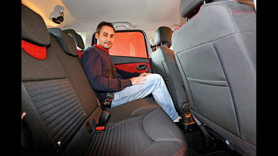 Renault Clio Grandtour, Rücksitz, Beinfreiheit