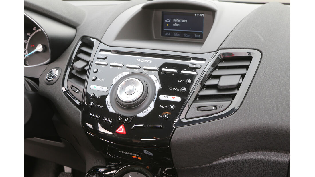 Renault Clio TCe 90, Mittelkonsole, Bedienelemente