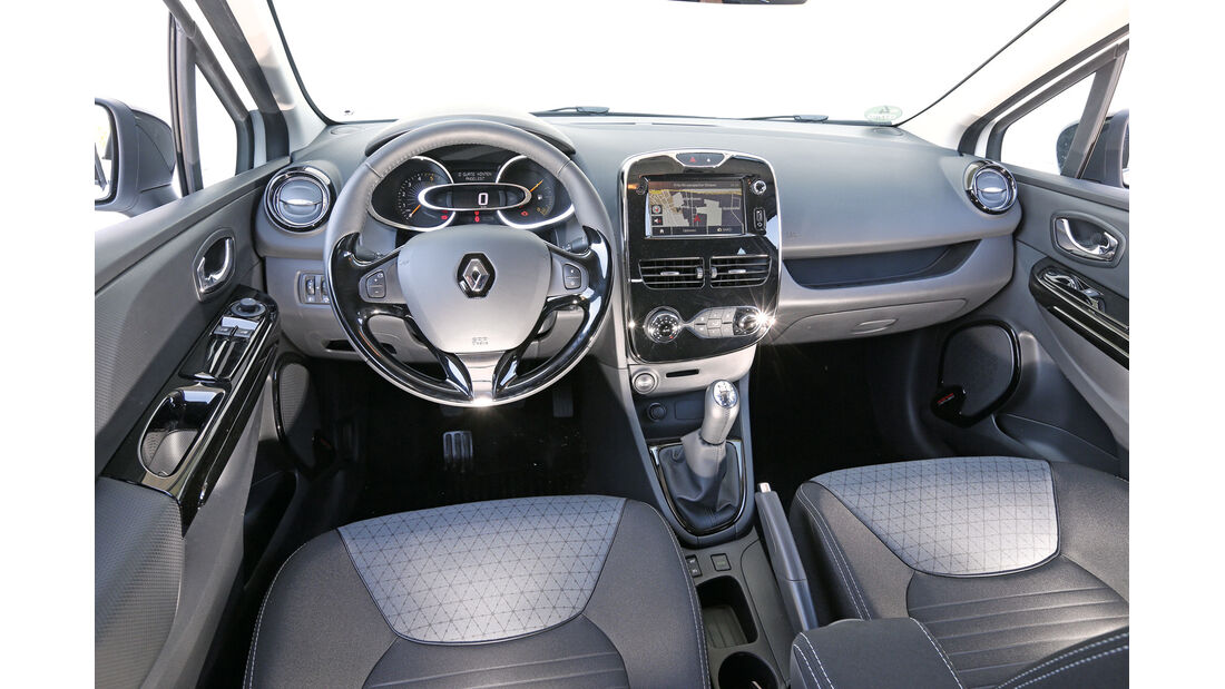 Renault Clio dCi 90 Luxe, Cockpit, Lenkrad