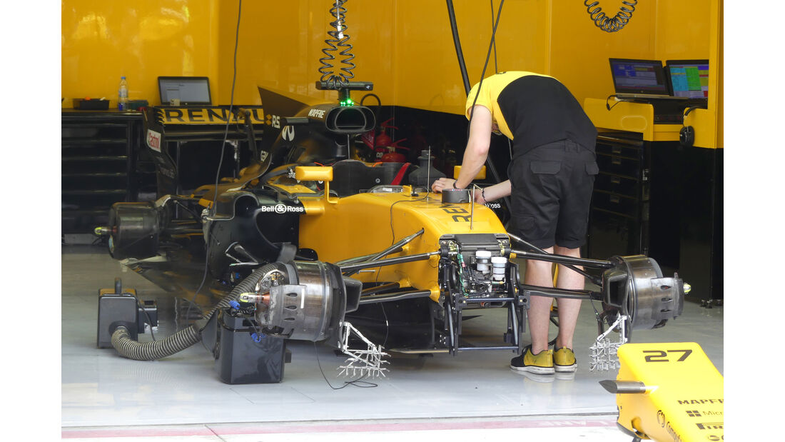 Renault - Formel 1 - GP Bahrain - Sakhir - Training - Freitag - 14.4.2017