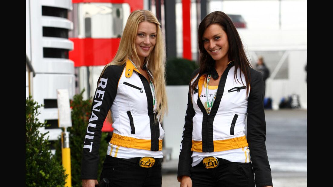 Renault-Girls