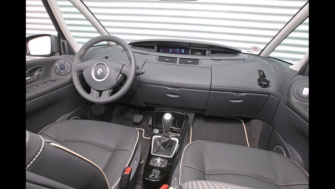 Renault Grand Espace dCi 175 FAP Initiale, Cockpit