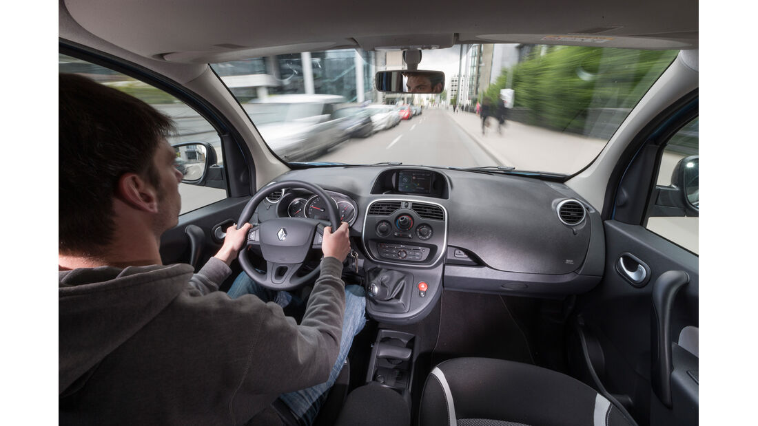 Renault Kangoo dCi 90 Energy, Cockpit, Fahrersicht