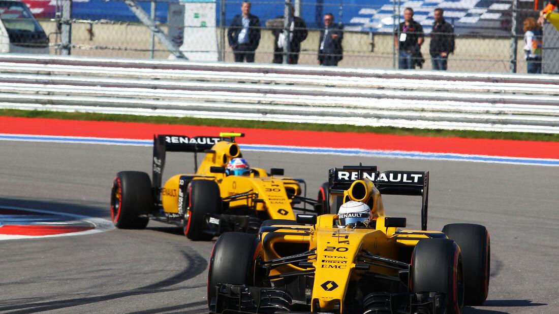 Renault - Kevin Magnussen - Jolyon Palmer - GP Russland 2016