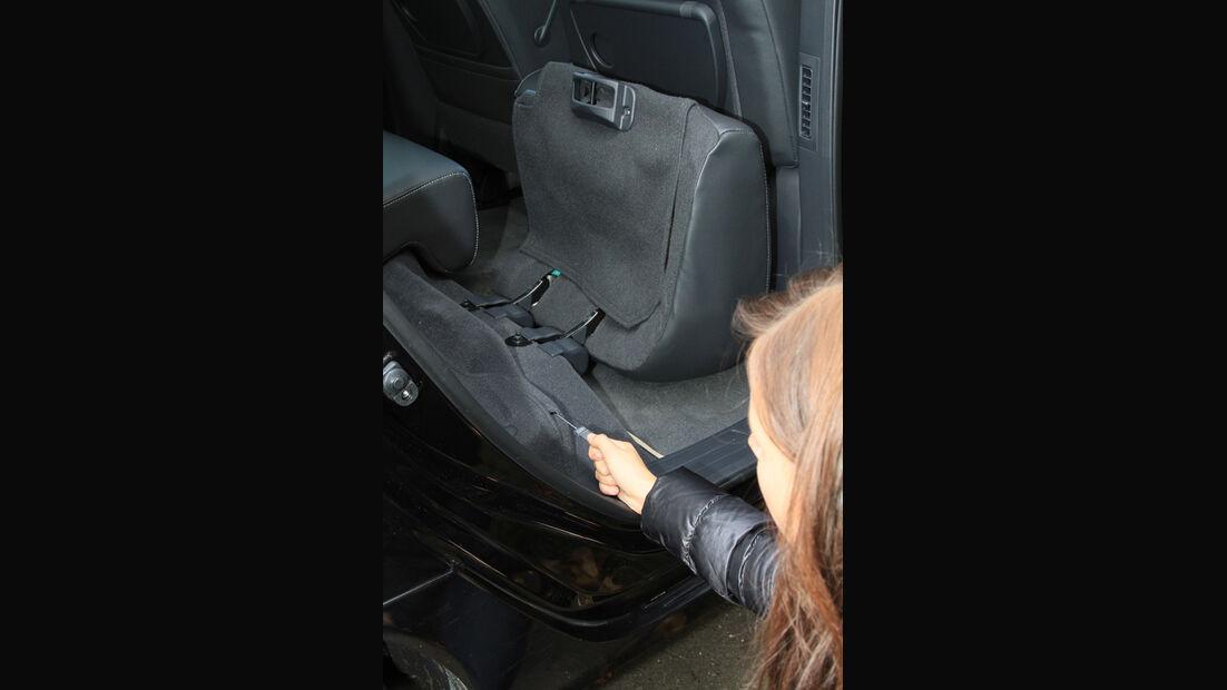 Renault Koleos dCi 175, Rücksitzbank umklappen