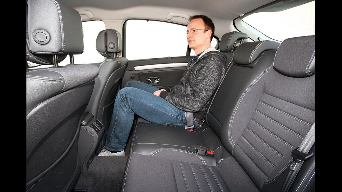 Renault Laguna 2.0 16 V 140, Sitze hinten