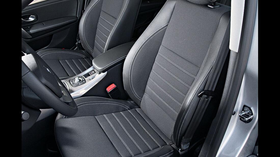 Renault Laguna 2.0 16 V 140, Sitze vorn