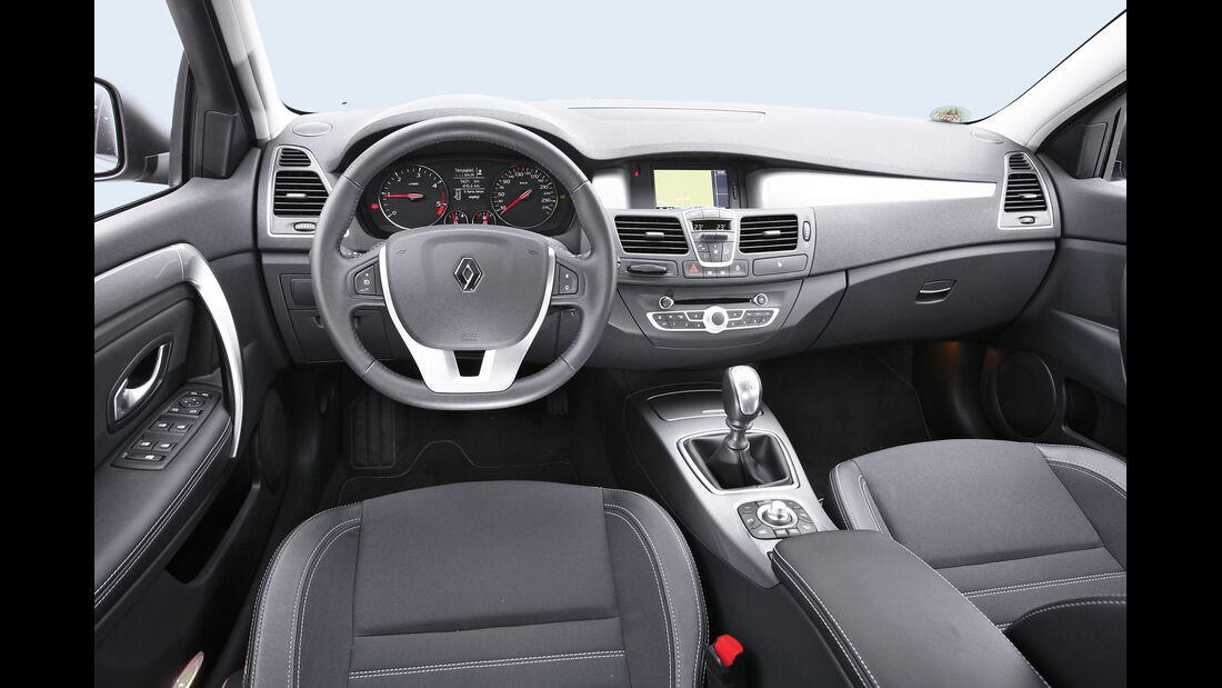 Renault Laguna Energy dCi 150, Cockpit