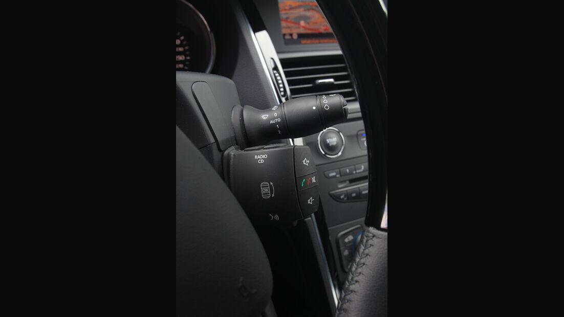 Renault Latitude, Schalter, Lenkrad