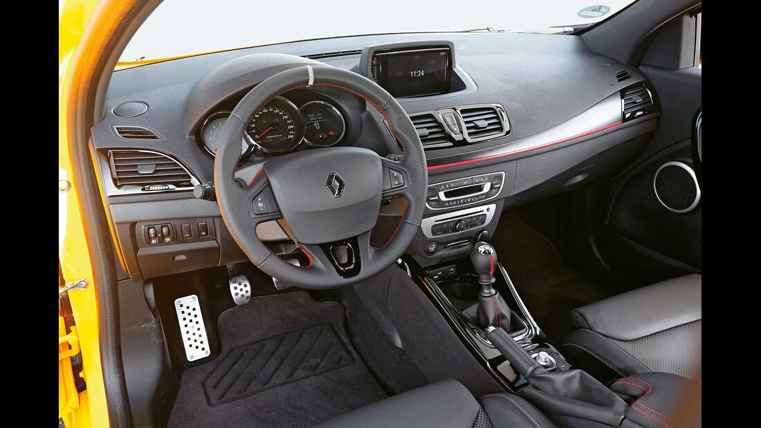 Renault Mégane RS, Cockit