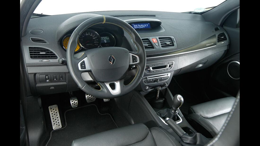Renault Megane R.S., Cockpit, Lenkrad