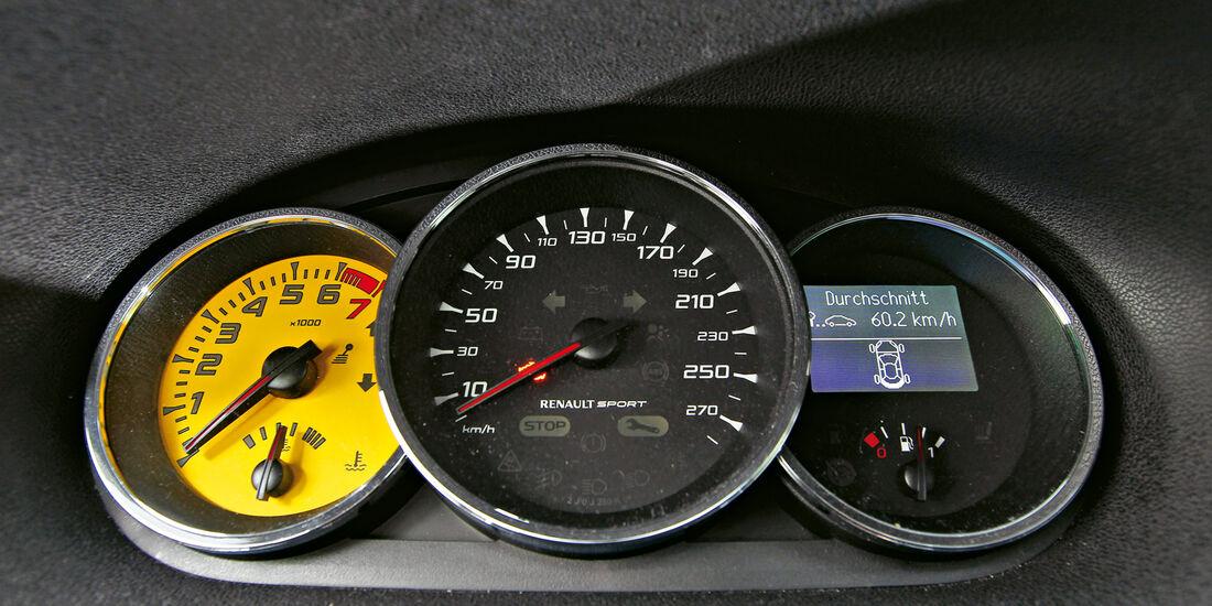 Renault Megane R.S., Tacho, Ruindinstrumente