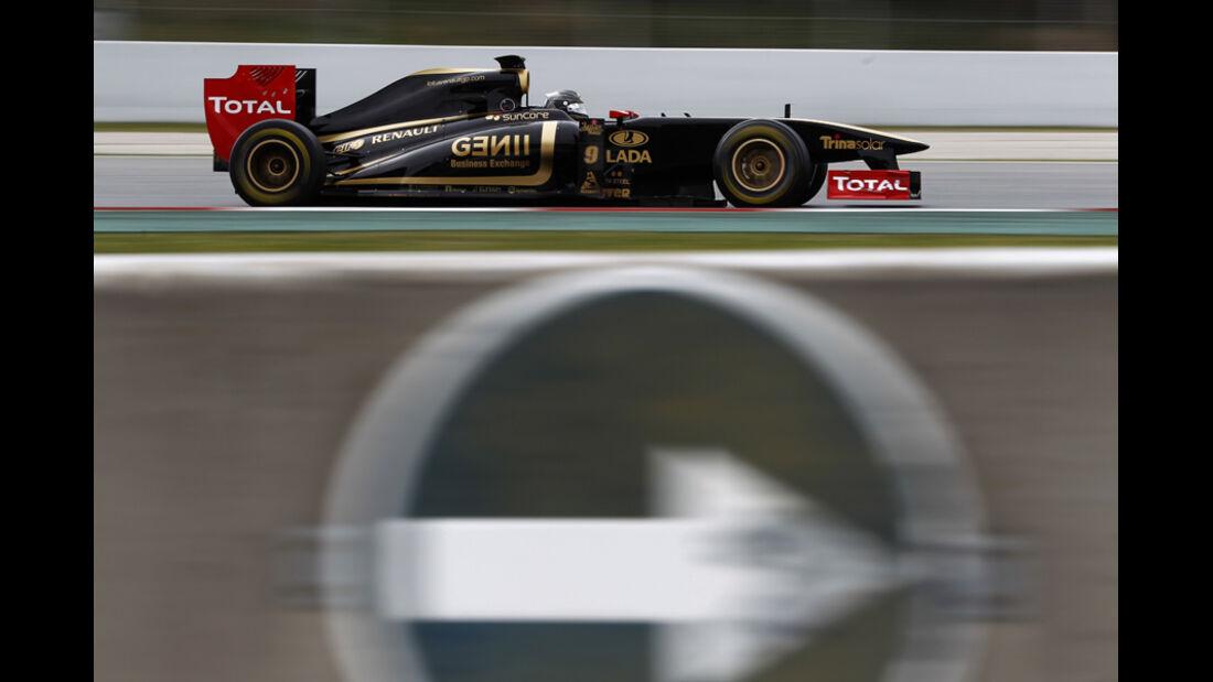Renault R31 Heidfeld Formel 1 Test Barcelona 2011