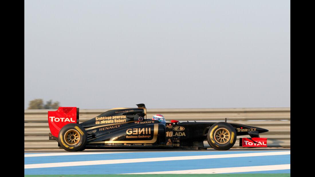 Renault R31 Petrov Test 2011