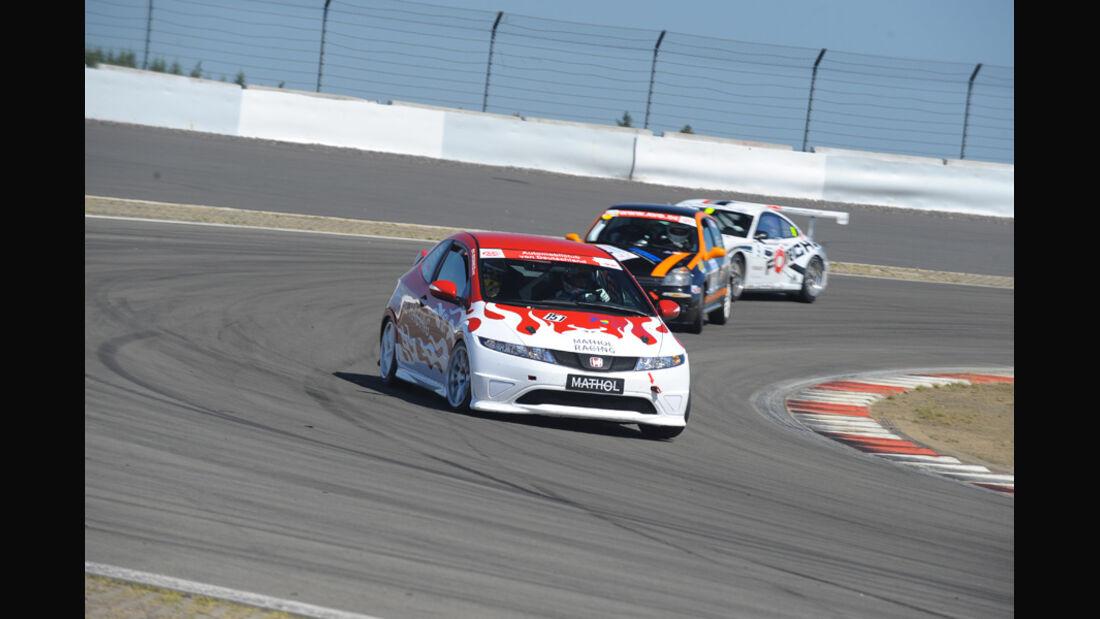 Renntraining von Mathol Racing