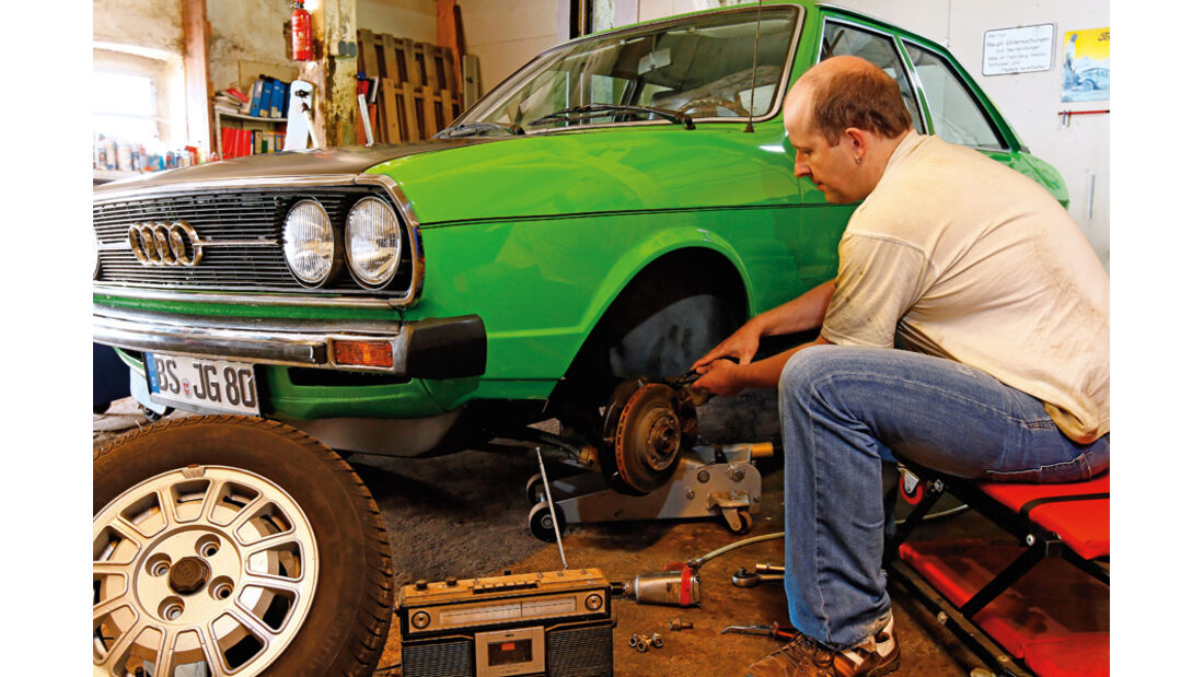 Restaurierung Audi 80 GTE, Radwechsel