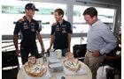 Ricciardo & Vettel - Geburtstagskuchen - Formel 1 - GP England - Silverstone - 3. Juli 2014