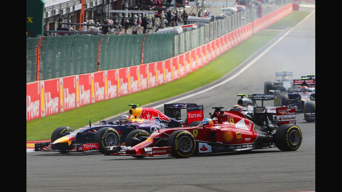 Ricciardo vs. Alonso - GP Belgien 2014