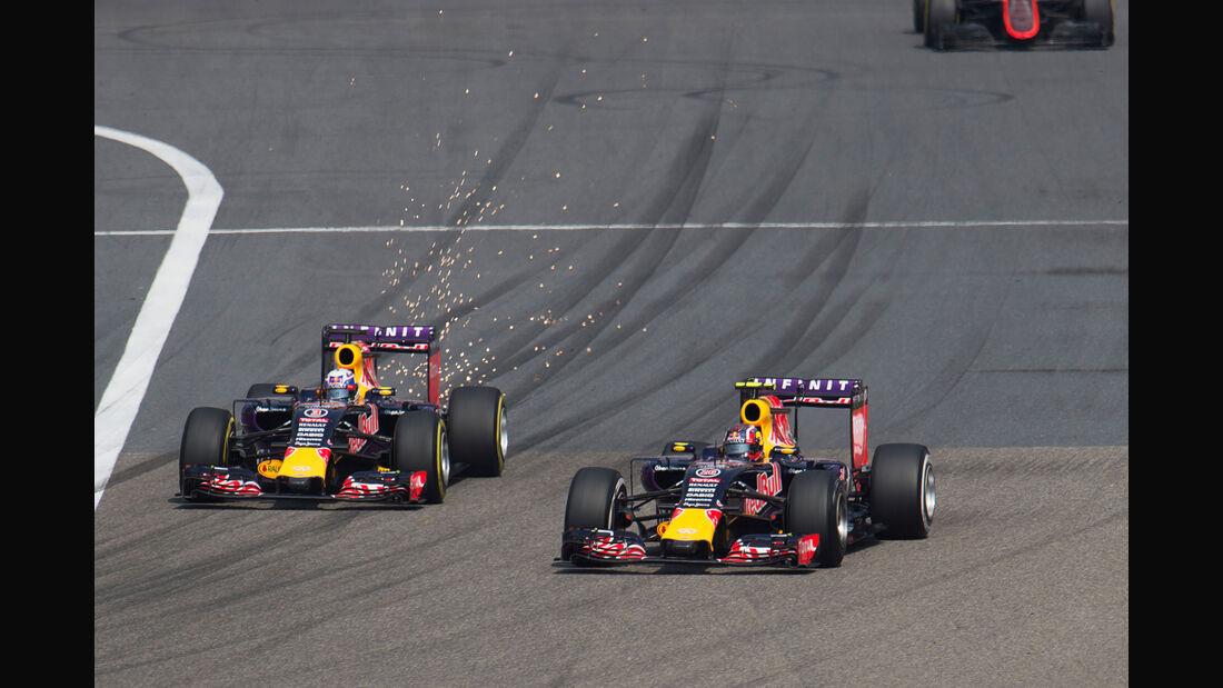 Ricciardo vs. Kvyat - Formel 1 - GP China 2015