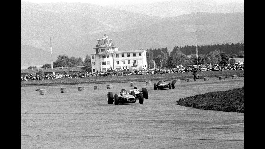 Ritchie Ginther- BRM P261 - Mike Spence - Lotus 33 - Jo Bonnier - Brabham BT7 - Zeltweg 1964